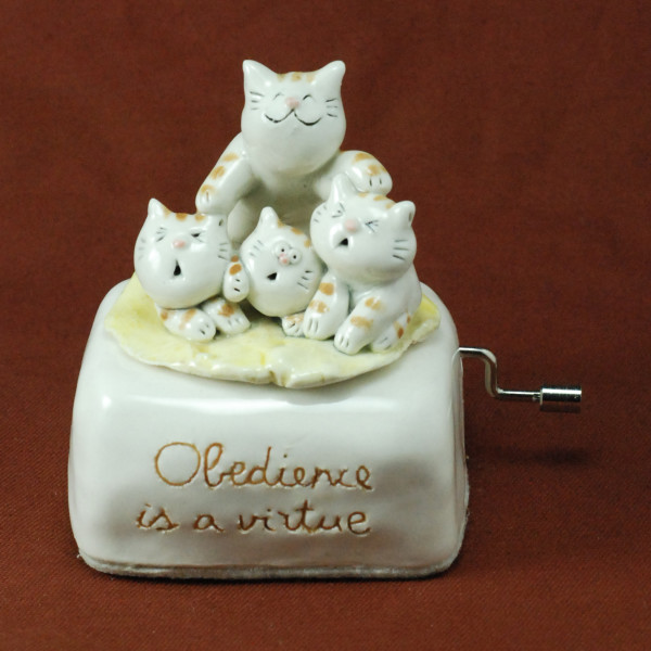 Music Box ~ Obedience is a virtue ~ Cats