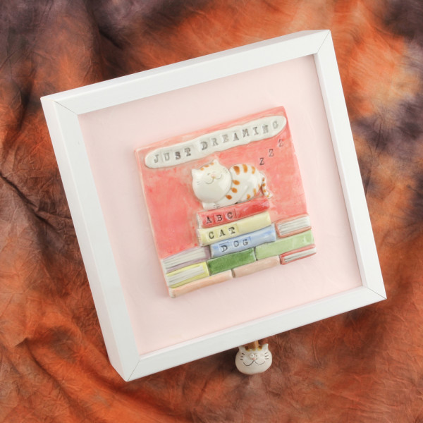 Music Box ~ Wall Mounted ~ Cat ~ Just Dreaming